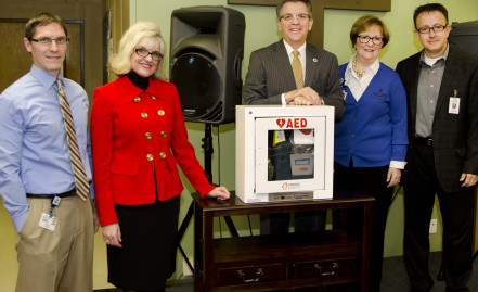 HeartSaver Donates AED to Rescue Mission